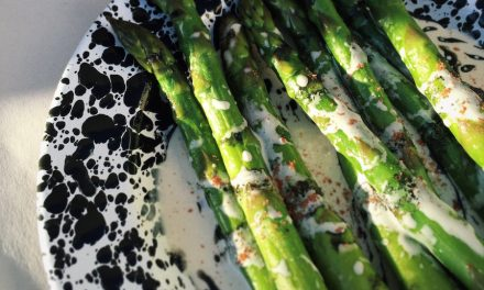 Steamed Asparagus with Tahini Dressing and Black Sesame Oil