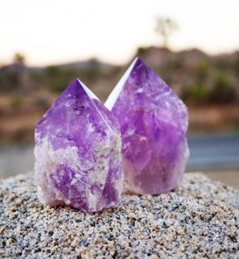February Crystal Ritual | Amethyst and Self-Reflection